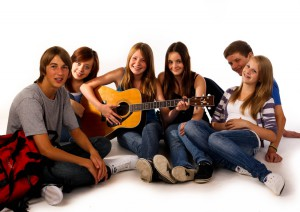 0711 gitarre spielen gruppe